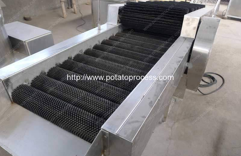 Potato-Brush-Dry-Cleaning-Machine-with-Selecting-Conveyor