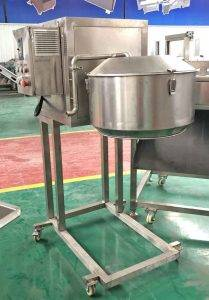 Automatic-Potato-Chips-Slicing-Machine-with-Water-Pipe