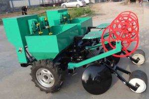 Automatic-Potato-Planter-match-with-Tractor